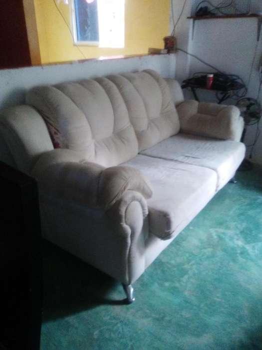 Sala sofa y dos poltronas