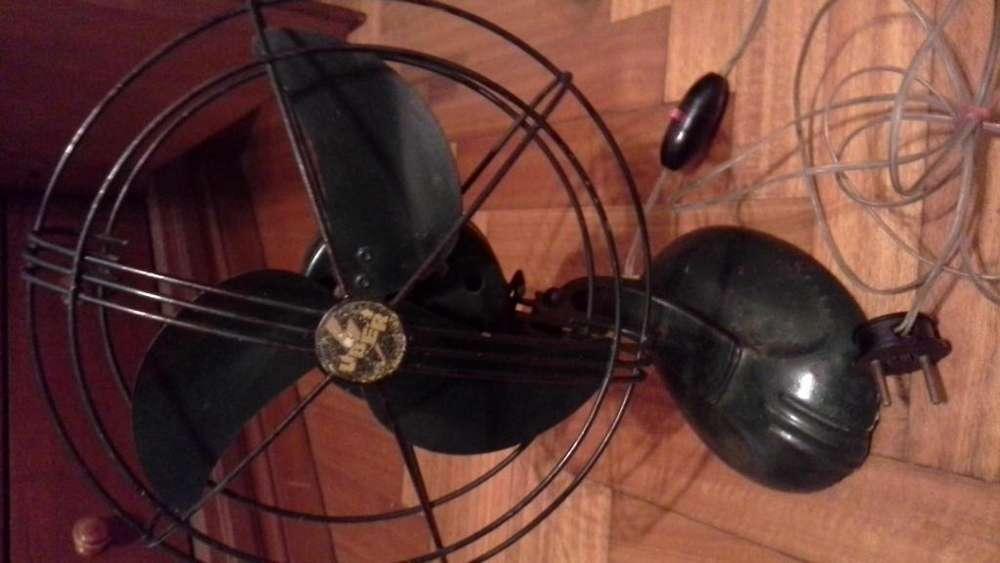 Vendo ventilador vintage, todo original. Muy lindo!!!