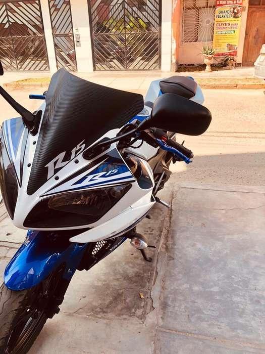 Vendo Mi Yamaha R15