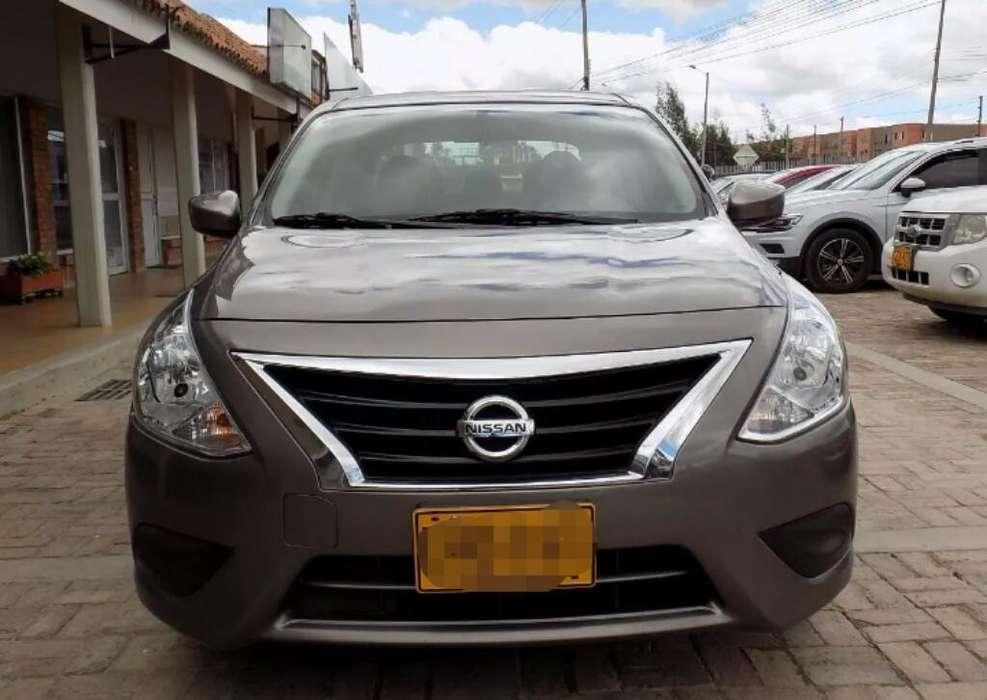 Nissan Versa 2012 - 62000 km