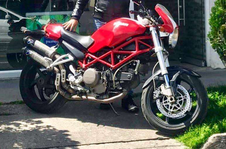 Ganga!! <strong>ducati</strong> Monster S2R 800 Cc