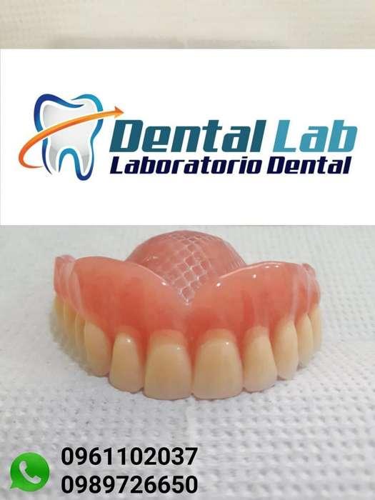 Laboratorio Dental Pròtesis Dentales
