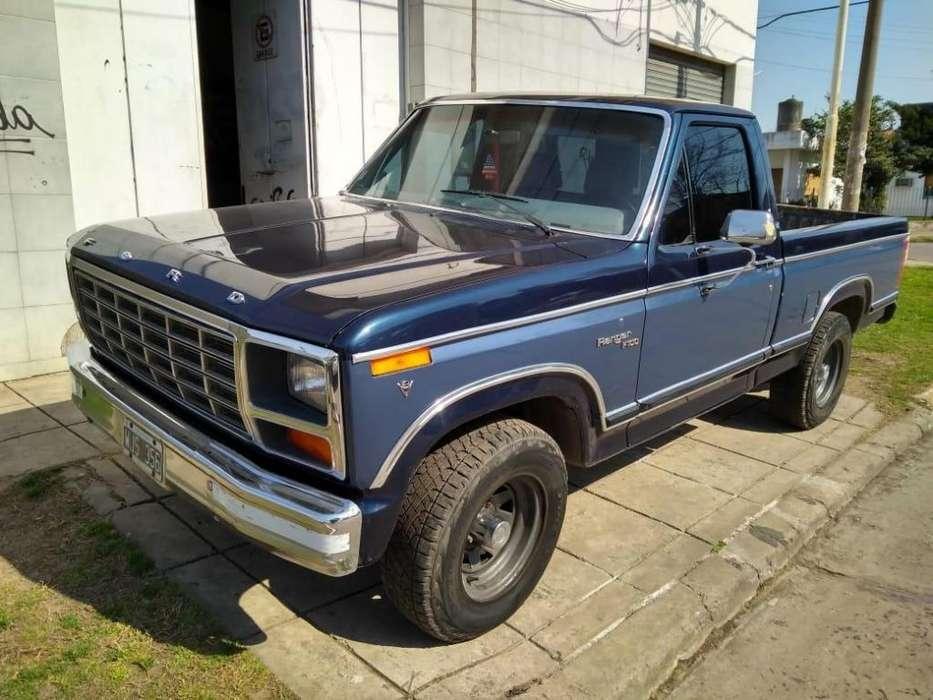 Ford Ranger 1981 - 266144 km