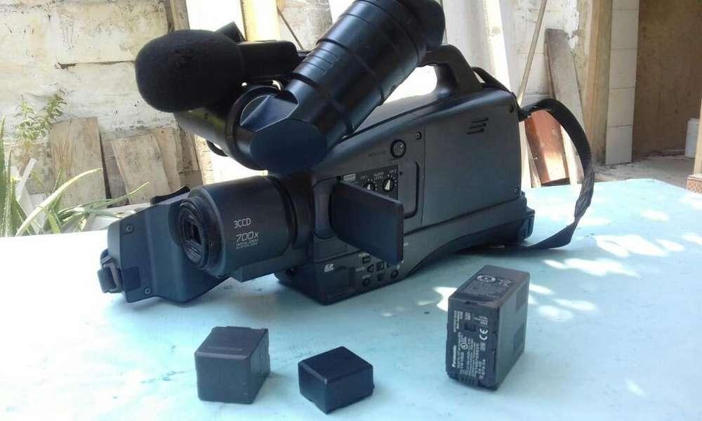 Se Vende Camara Panasonic 3ced700x