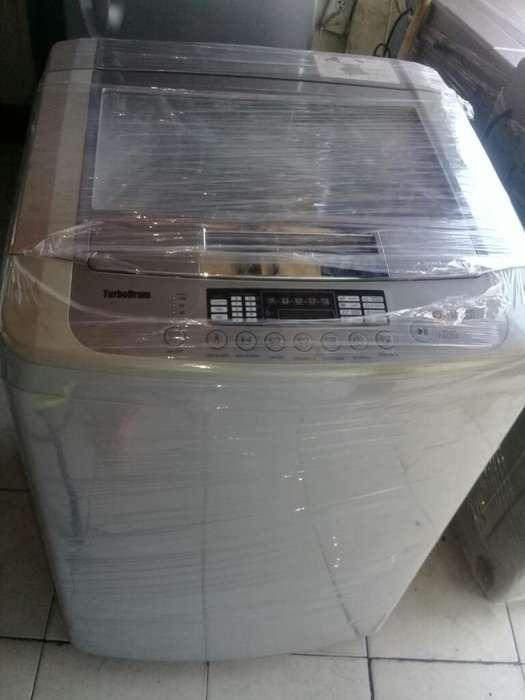 Se Vende Lavadora Lg Tapa Vidrio
