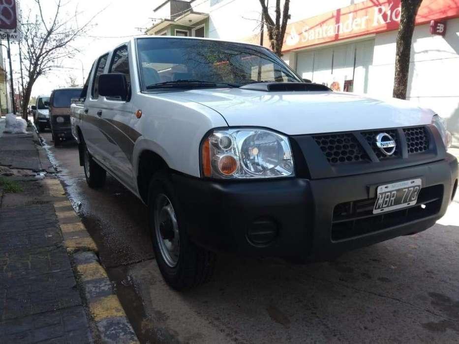 Nissan NP300 2012 - 130000 km