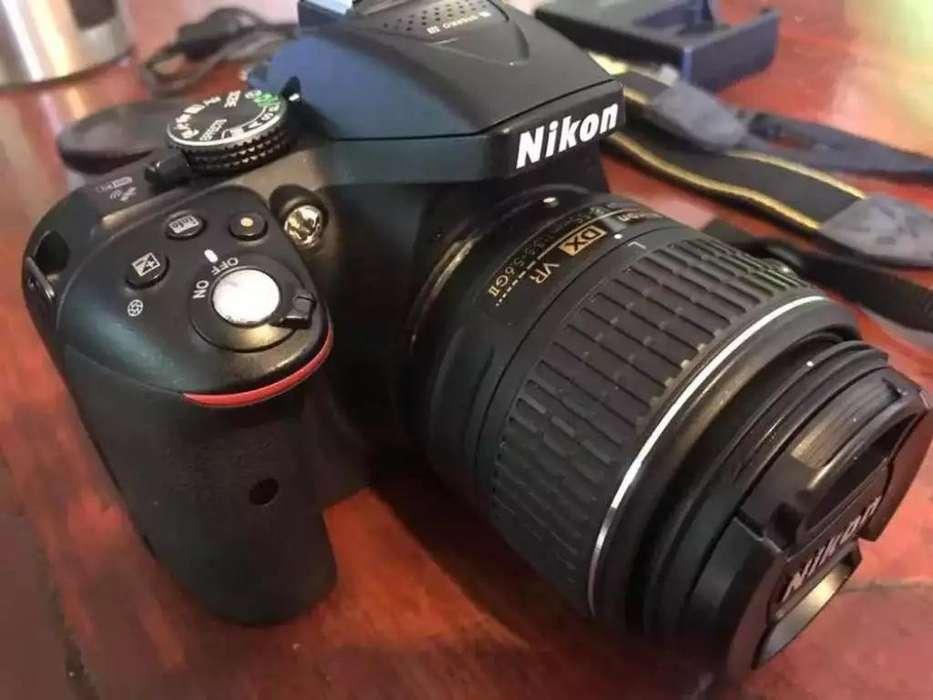Vendo Cámara Nikon D5300