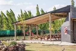 ac31 - Cabaña para 2 a 6 personas con pileta y cochera en 25 De Mayo