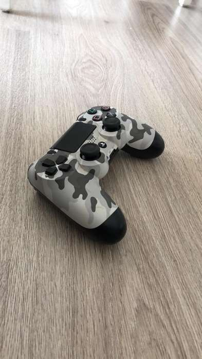 Control Playstation 4 L2 detalle
