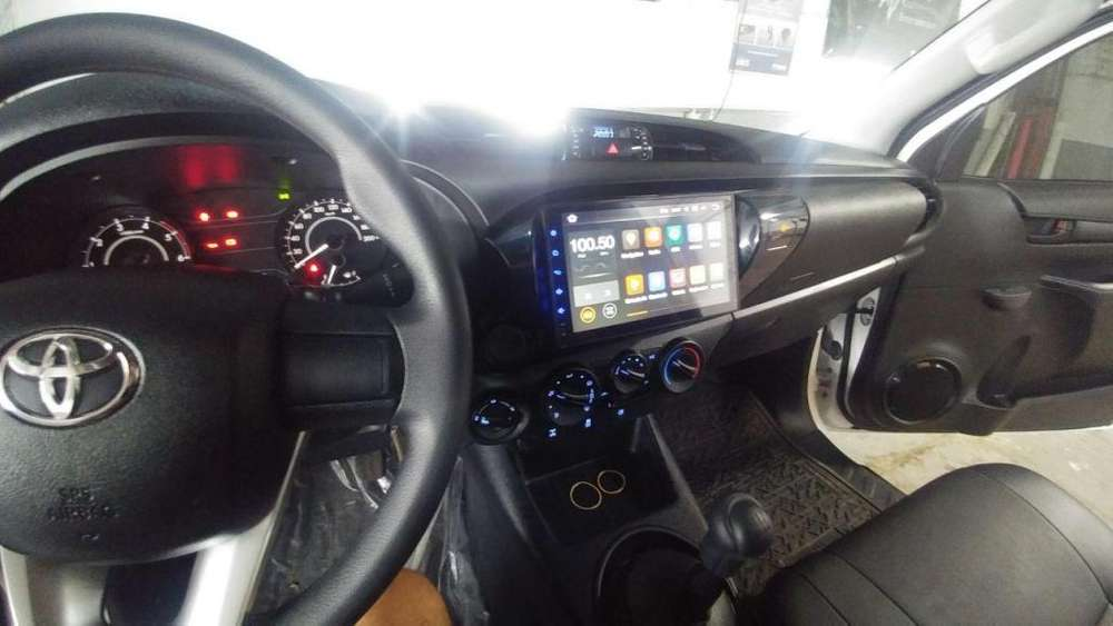 TOYOTA HILUX SW4 ESTEREO CENTRAL MULTIMEDIA STEREO CON ANDROID, GPS, BLUETOOTH
