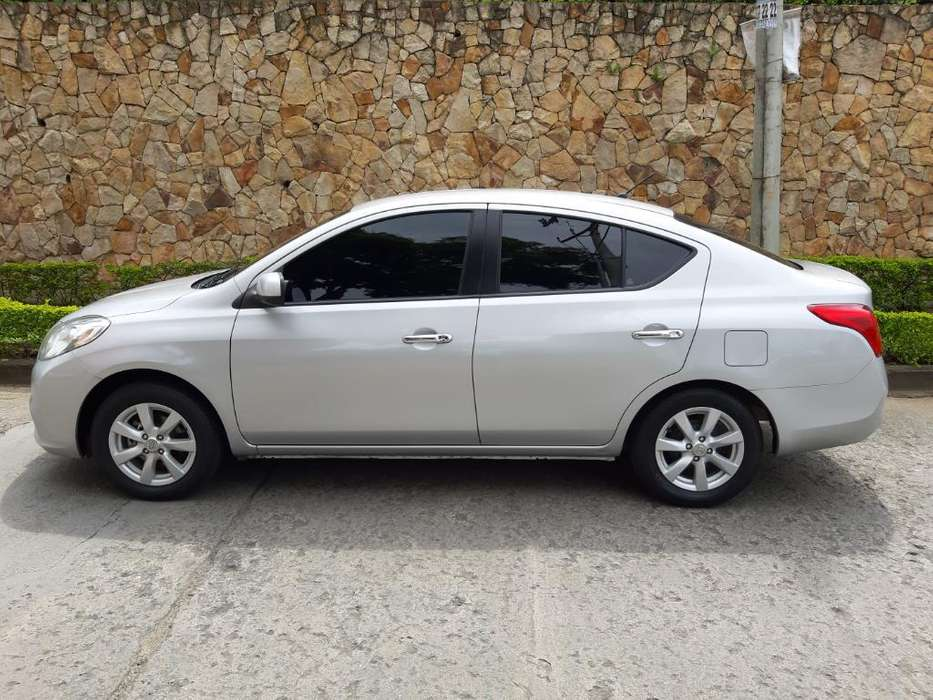 Nissan Versa 2014 - 45000 km