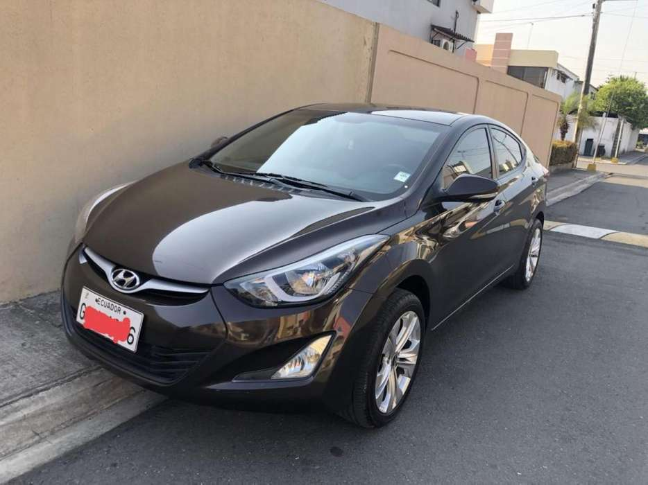 Hyundai Elantra 2014 - 61000 km