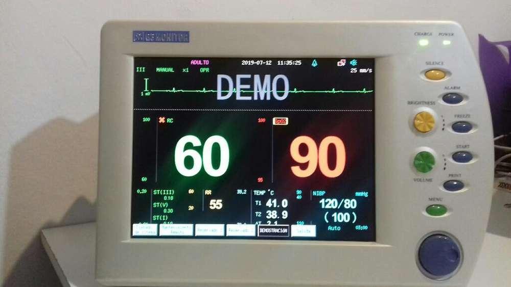 Vendo Monitor Multiparamétrico. .
