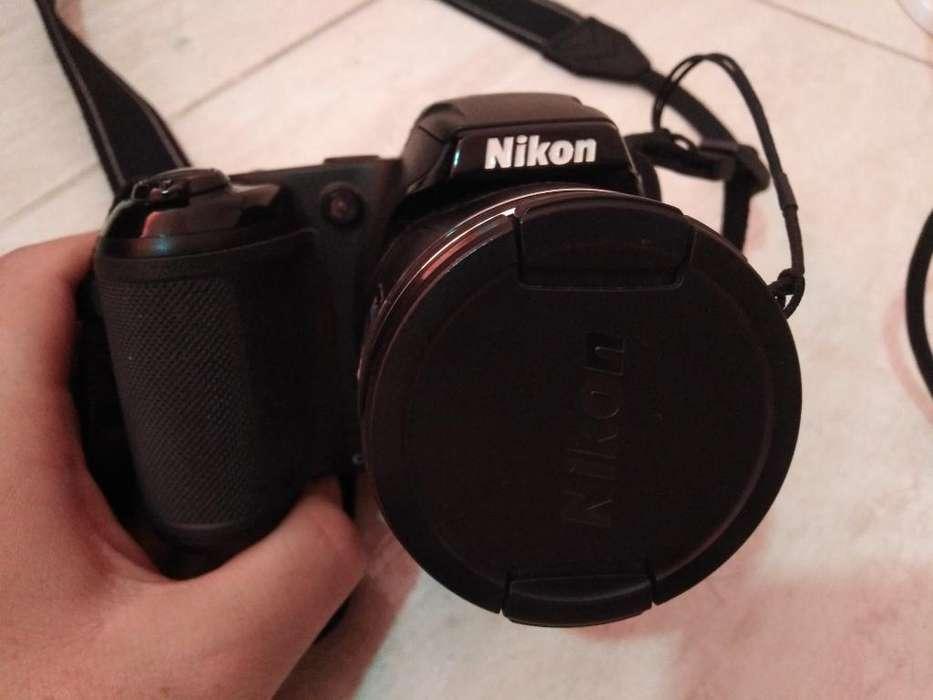 Se Vende Cámara Nikon Coolpix L320