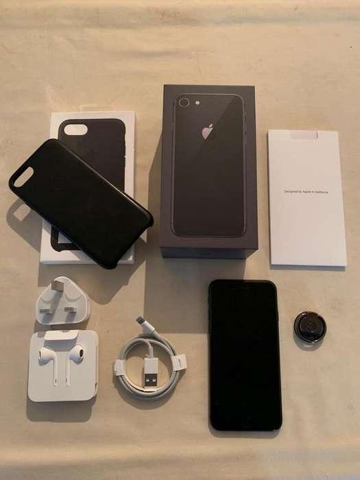 Iphone 8 - 64 Gb - Liberado! Casi nuevo, Mas Funda De Cuero Y Anillo