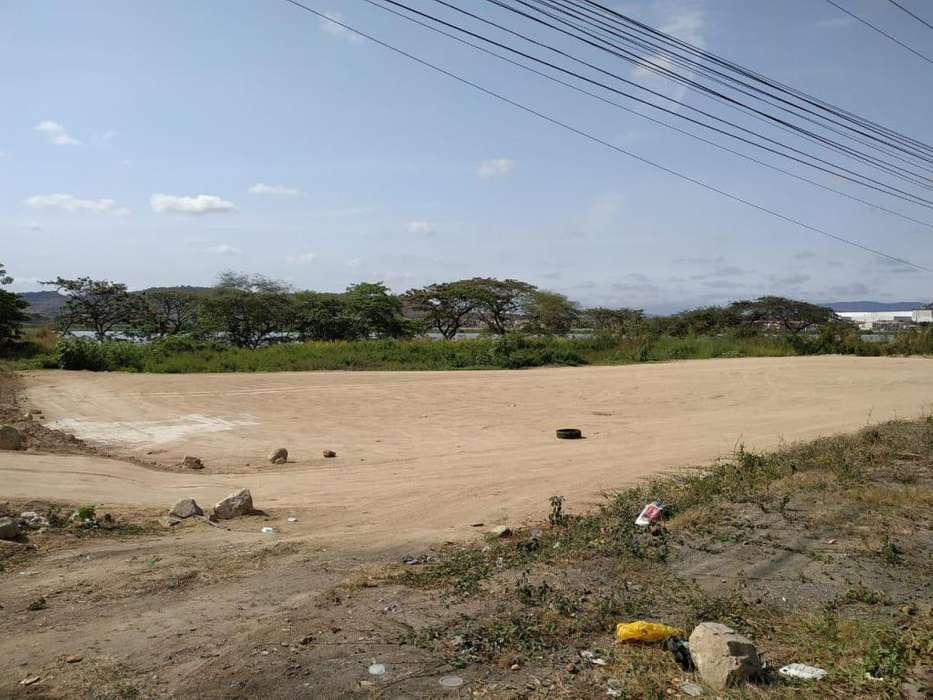Alquiler de Terreno en Av. Leon Febres Cordero, Daule - Samborondon
