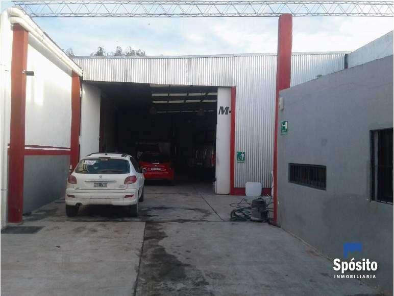 Vendo Galpón con 2 oficinas Córdoba