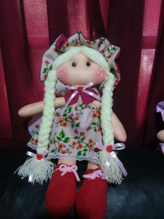 Muñecas de Tela Artesanal 40 Cm
