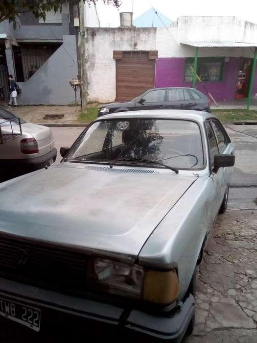 Volkswagen 1500 1987 - 101 km