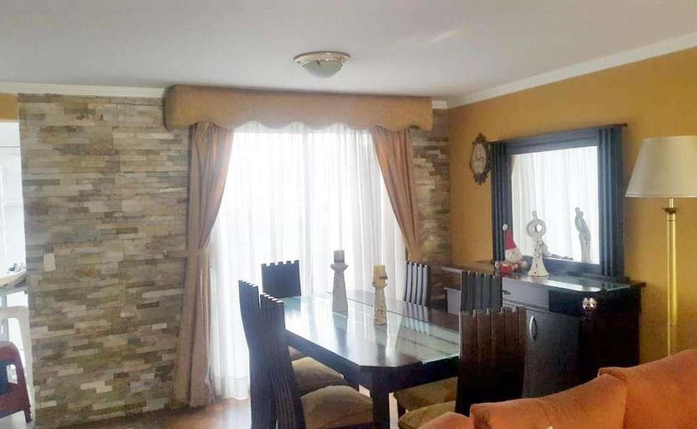 Carcelén, casa venta, 4 habitaciones, 3 baños y medio, 2 parqueaderos, 134 m2
