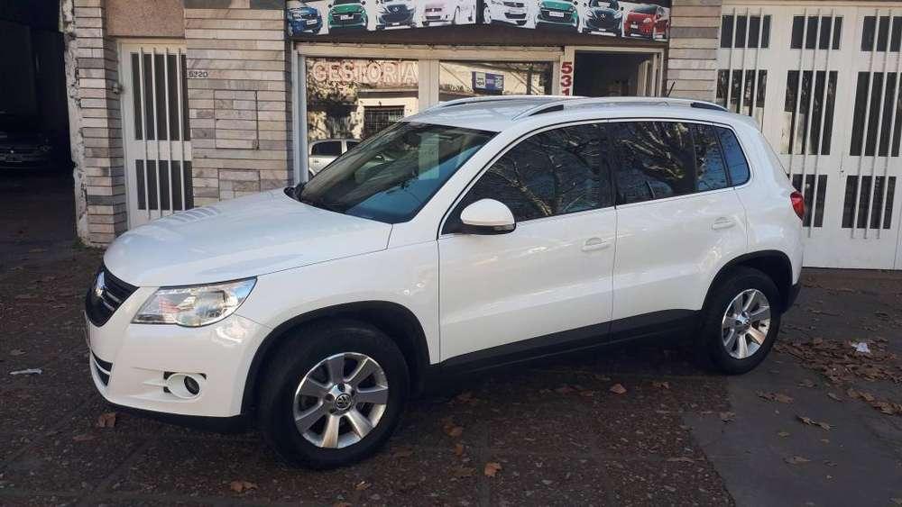 Volkswagen Tiguan 2011 - 155000 km