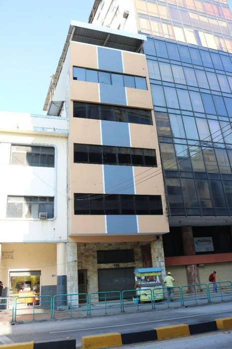 Vendo <strong>edificio</strong> en El Centro de La Ciudad - K. Aguirre