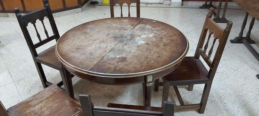 Mesa redonda antigua roble con sillas patas talladas por ebanista con bronce
