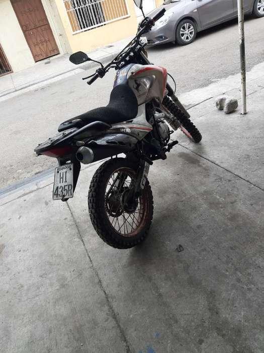 Moto 200 Shyneray