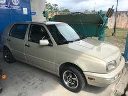 Se Vende Este Hermoso Auto