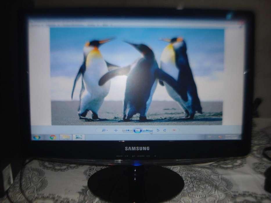 Monitor Lcd 20 Samsung B2030n Impecable Estado No Envio