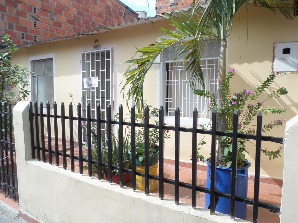 VENTA casa Rio Prado Giron
