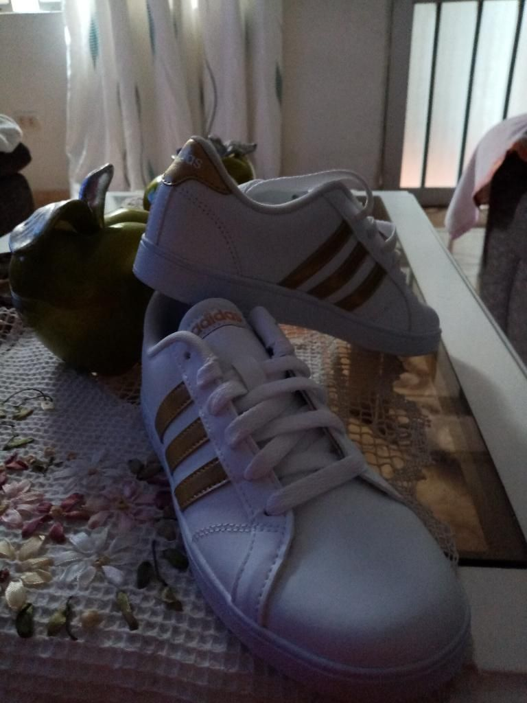 17423642cd Vendo Zapatillas Adidas Talla 35 Origina - Lima