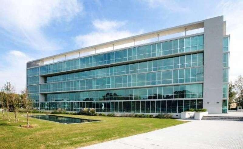F. Berraz - Skyglass 2 - Excelente oficina a estrenar en venta.