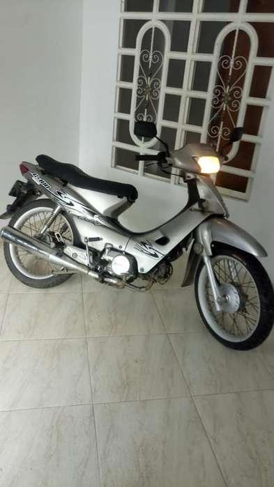 Vendo Moto C 100