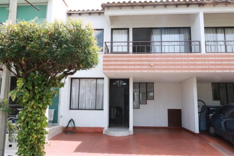 Casa En Venta En Cúcuta Av. Libertadores, Palma Real Cod. VBVVP-350