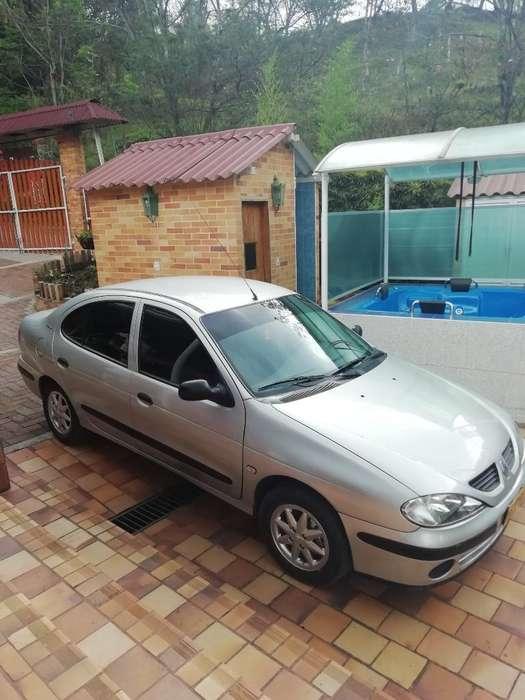 Renault Megane  2003 - 208000 km