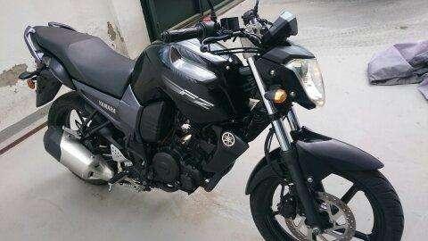 MOTO YAMAHA FZ, COMO <strong>nueva</strong> 797 KM