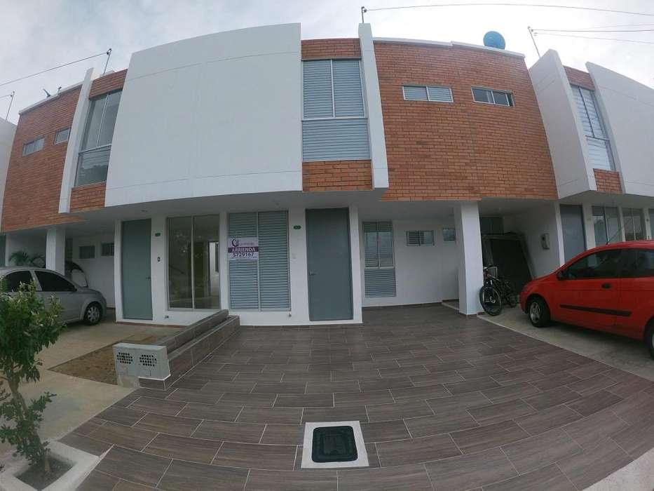 Arrienda <strong>casa</strong>, Prados del Este, Código 1056