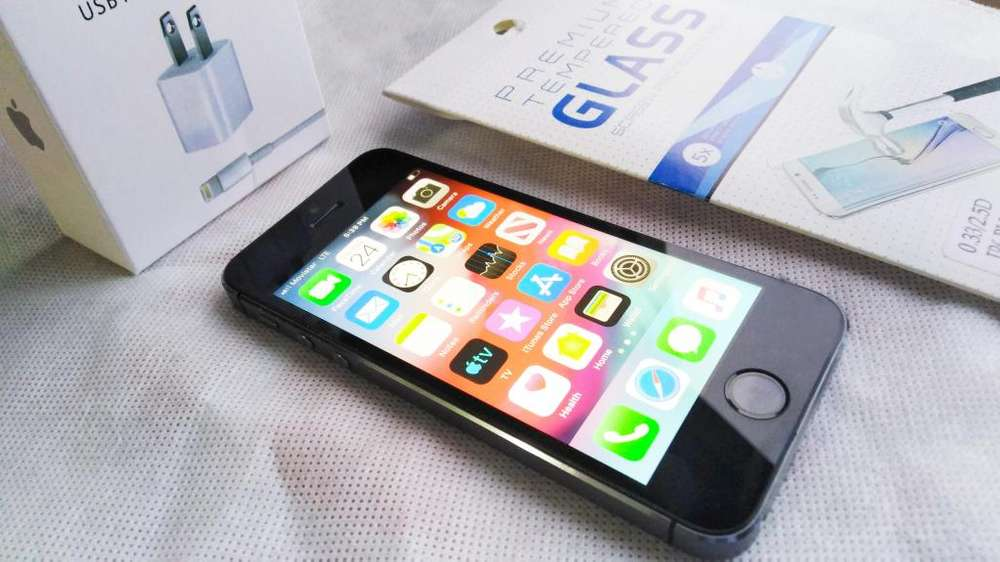 IPHONE 5S A1533 DE 16GB COMO NUEVO SPACE GREY