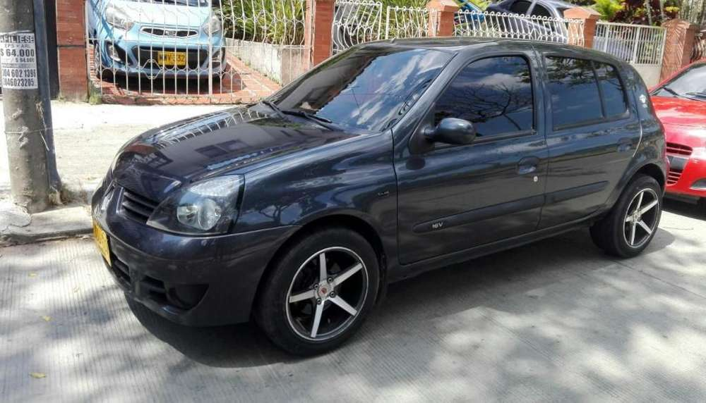 Renault Clio  2015 - 71000 km