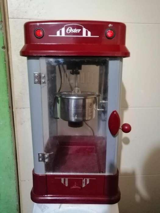 Vendo Maquina de Pop Corn Marca Oster