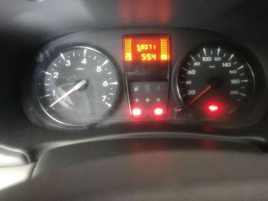 Renault Clio  2014 - 56 km