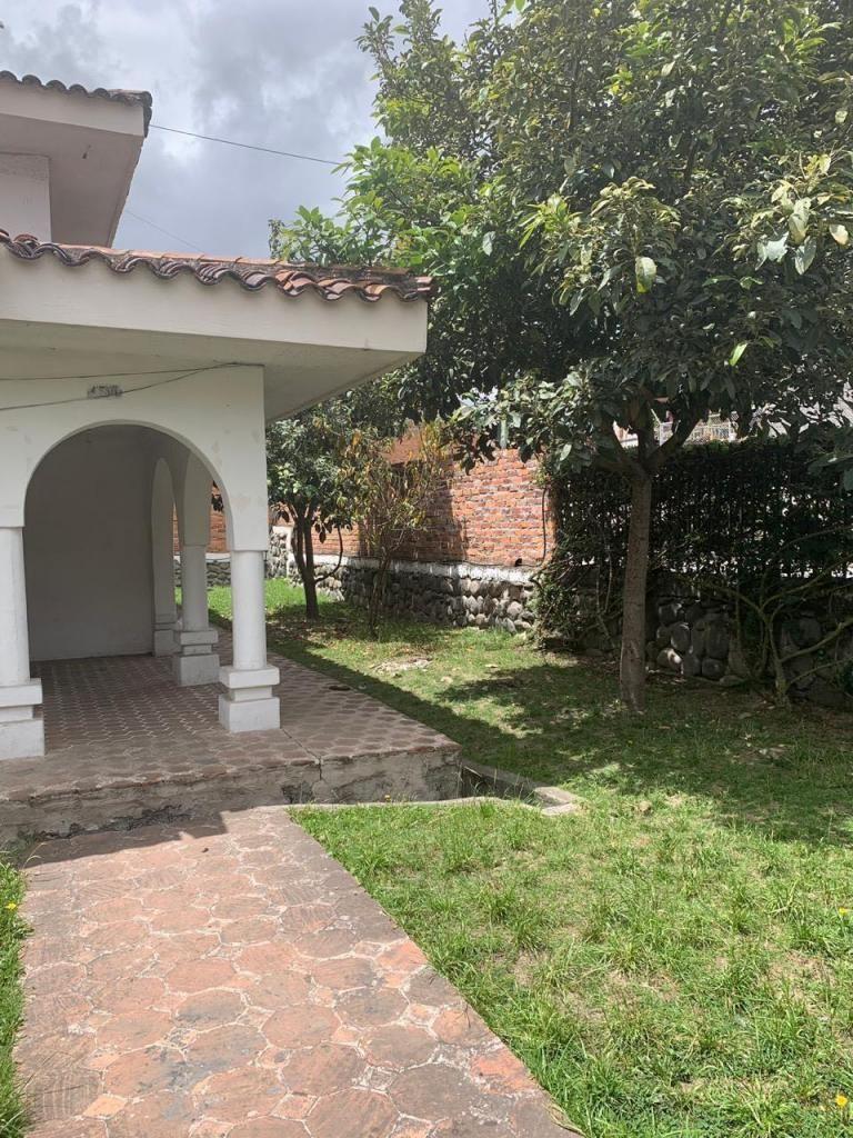 Casa en Renta Ideal para Institución Sector Supermaxi Miraflores