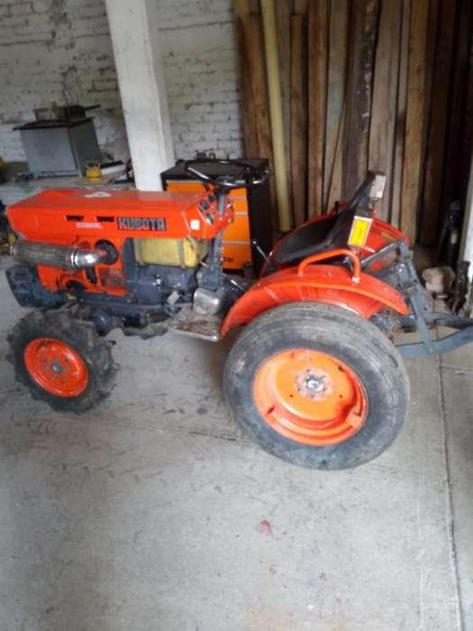 Vendo Hermoso Tractor Kubota