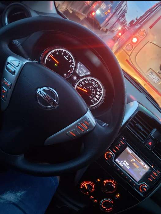 Nissan Versa 2017 - 19000 km