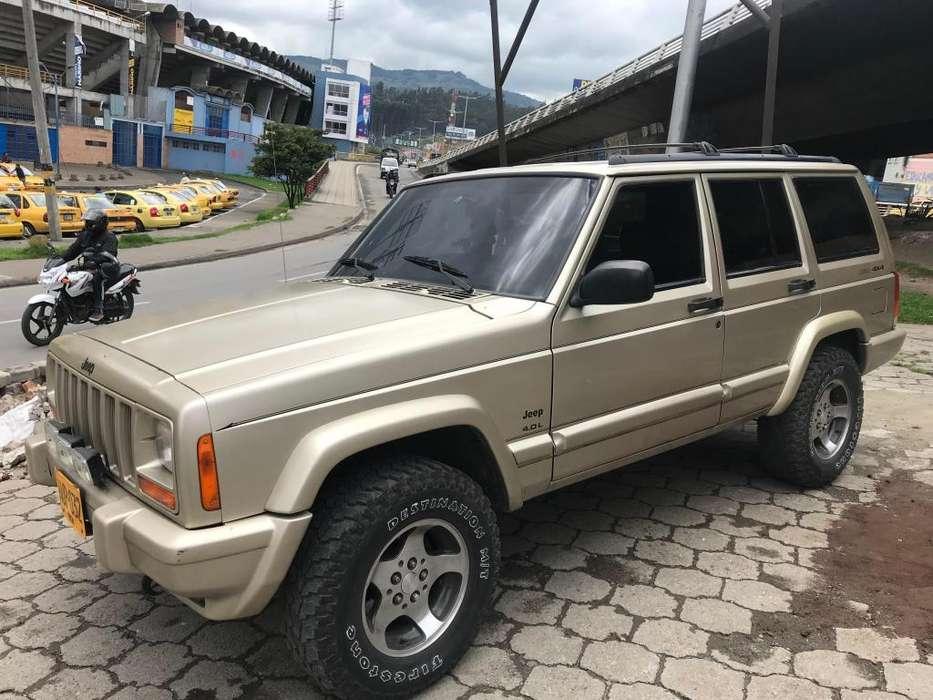 JEEP Cherokee 1998 - 220000 km