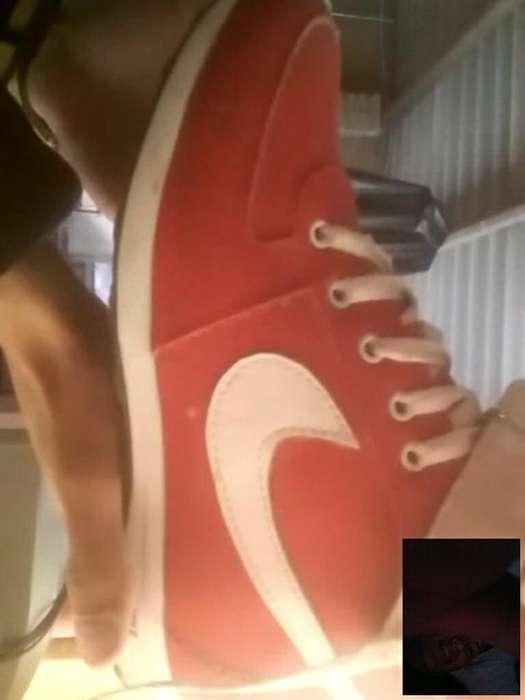 Se Venden Tennis Nike en Bota