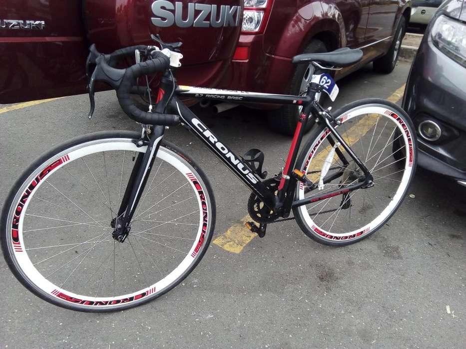 <strong>bicicleta</strong> de Ruta
