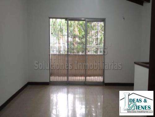 Casa En Arriendo Medellin Sector Velodromo: Còdigo 886690