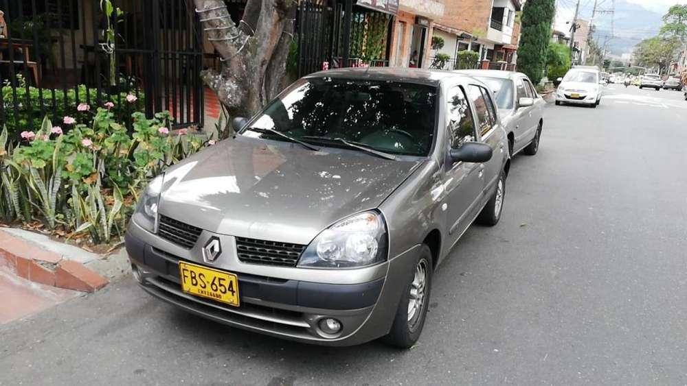 Renault Clio  2006 - 150000 km